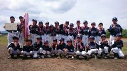 旭川支部代表の東川大雪野球少年団の選手たち(写真:チーム提供)