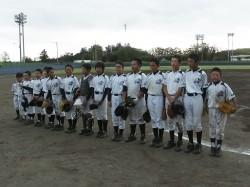 優勝した遠軽北野球少年団の選手たち(写真:チーム提供)