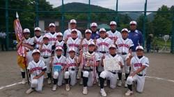 代表の石山アトムズの選手たち(写真:チーム提供)