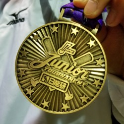 銅メダル=平成29年1月・北広島市